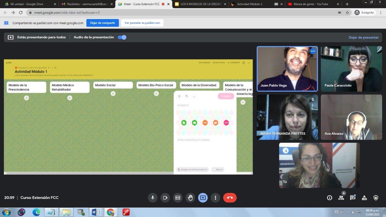 captura de pantalla de la clase por meet